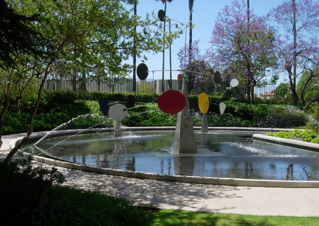 Los Angeles - water garden and mobile at LA Museum